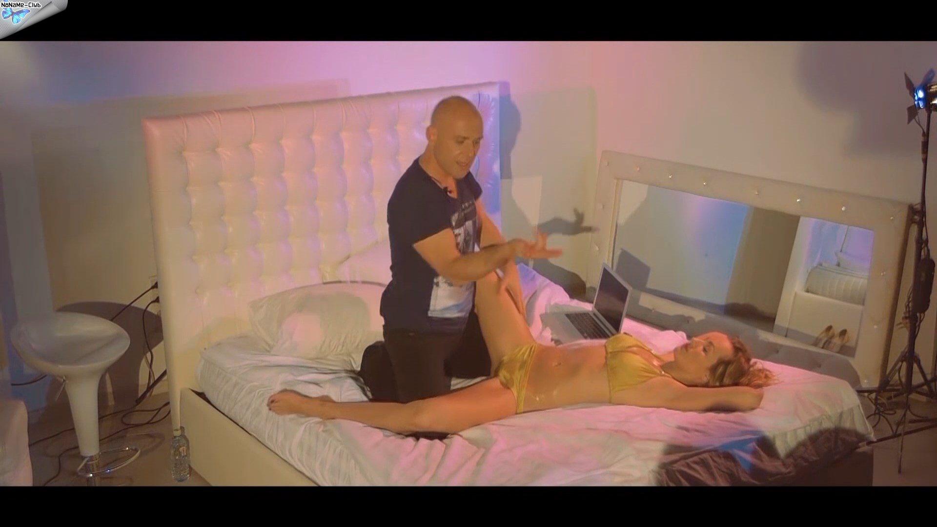 porno-video-struyniy-orgazm-na-litso