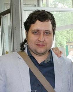 Александр Долгу